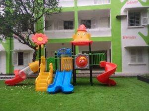 Thi công lắp đặt cầu trượt tại trường quốc tế BBF Việt Nam